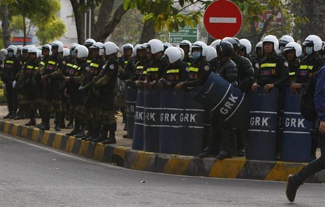 Cordon policier à Phnom Penh