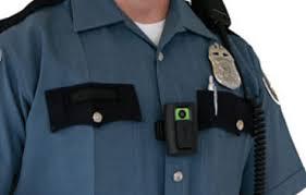 La bodycam telle que portée par les policiers US