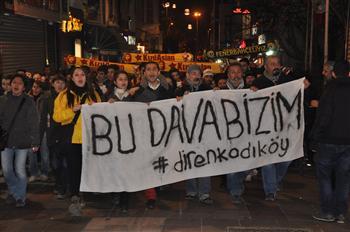Manifestation au procès sur la mort d'un manifestant