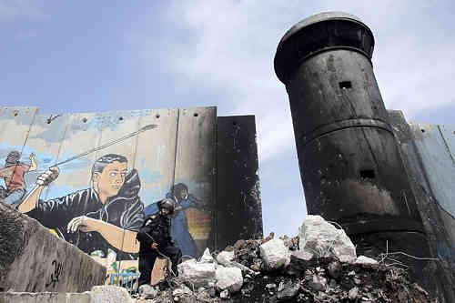 La brèche dans le mur à Aida