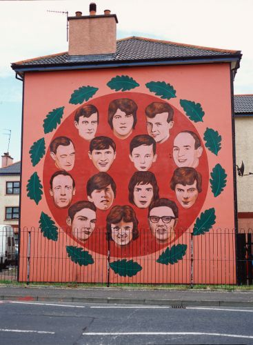 mural4-bloodysundaycommemoration-med.jpg