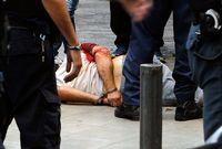 Nikos a été blessé lors de la fusillade