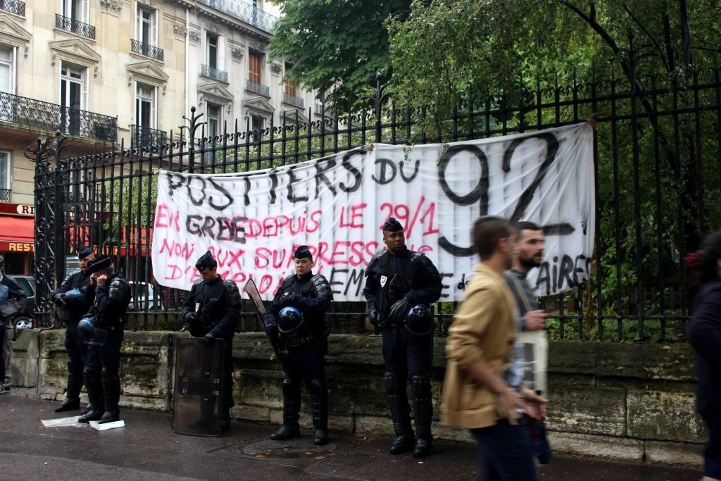 Rassemblement contre la répression des postiers