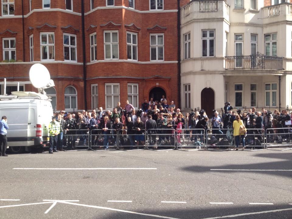 Des manifestants en solidarité avec Assange