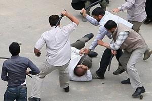 plainclothes-agents-iran-300_300_200.jpg