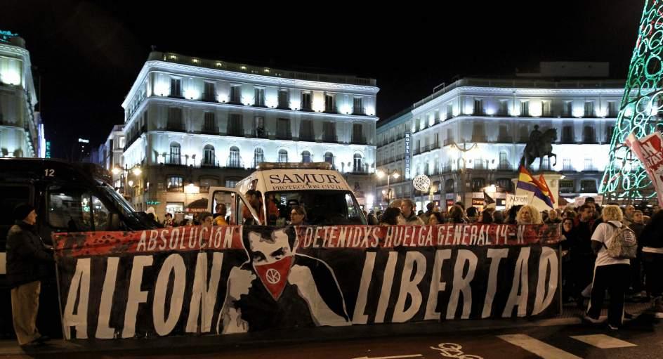alfon_libertad_mani.jpg