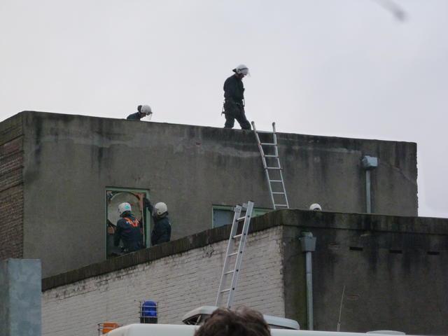 La police expulse le squat OVB.