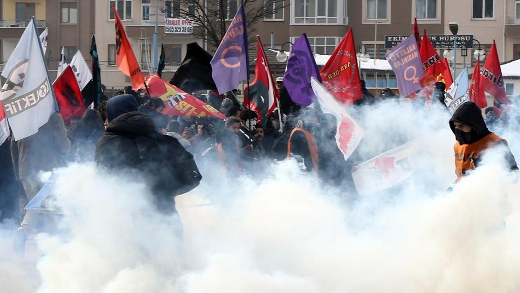 Manifestation contre le verdict rendu par la cour criminelle de Kaysern