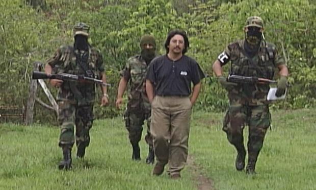 Gilberto Torres au moment de sa libération par les paramilitaires
