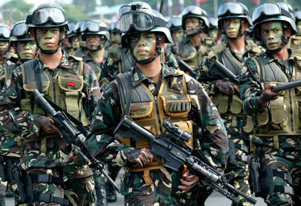 Militaires de la contre-guérilla philippine