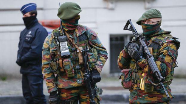 Des Chasseurs Ardennais déployés à Bruxelles dans le cadre anti-terroriste.