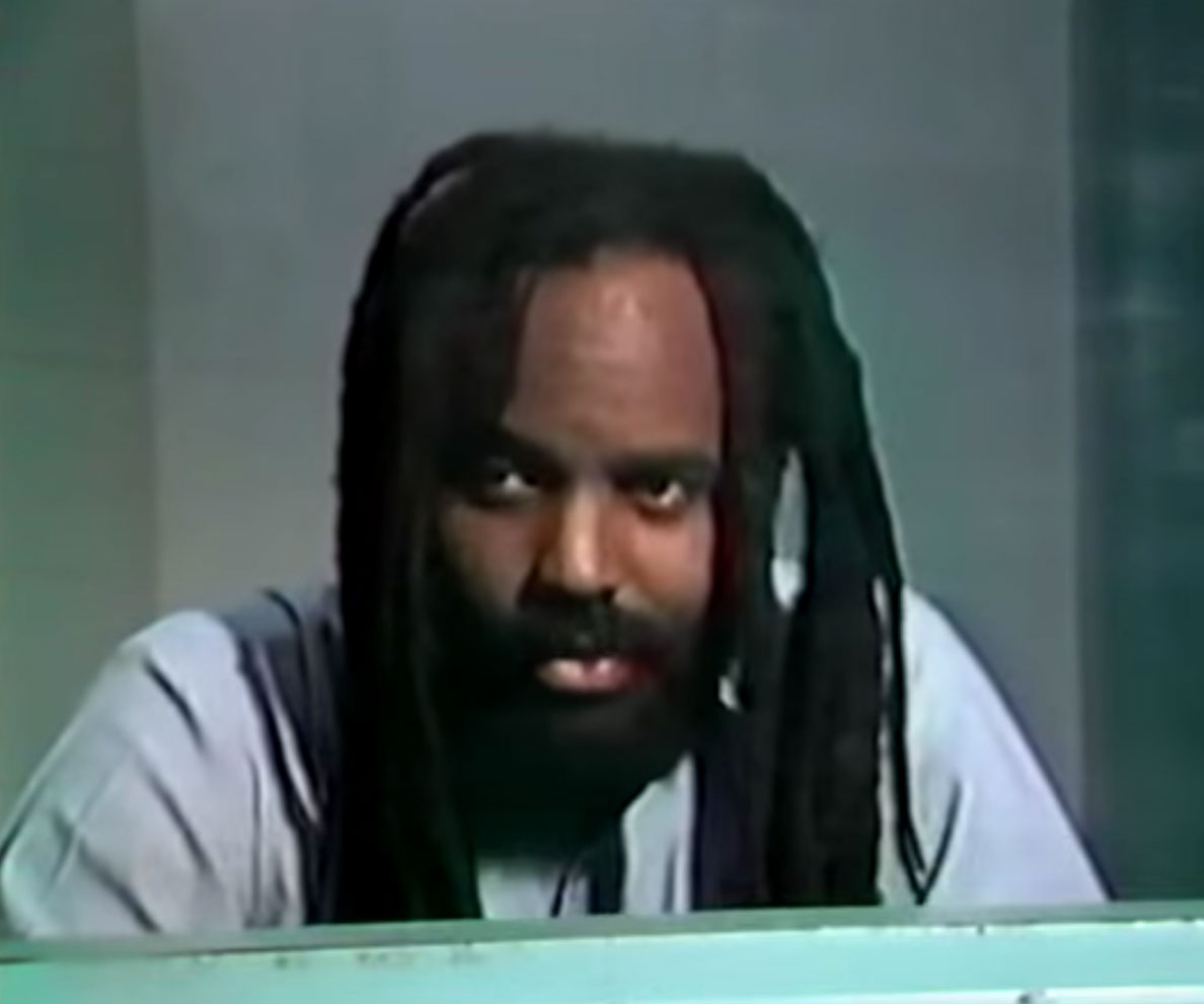 Mumia, interviewé dans 'All Power to the People'.