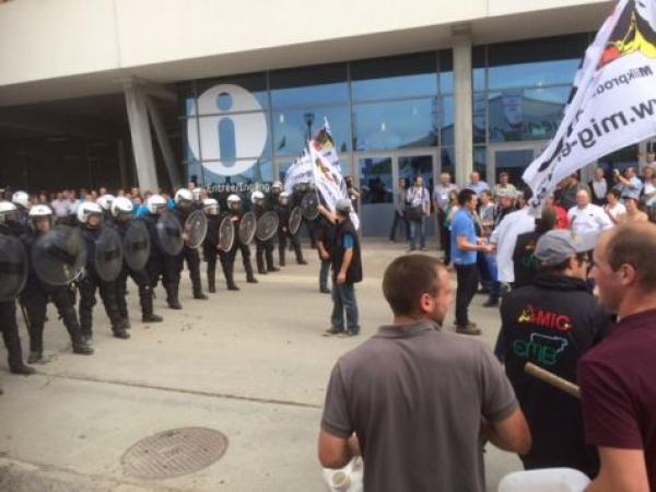 Manifestation des producteurs de lait à Libramont.