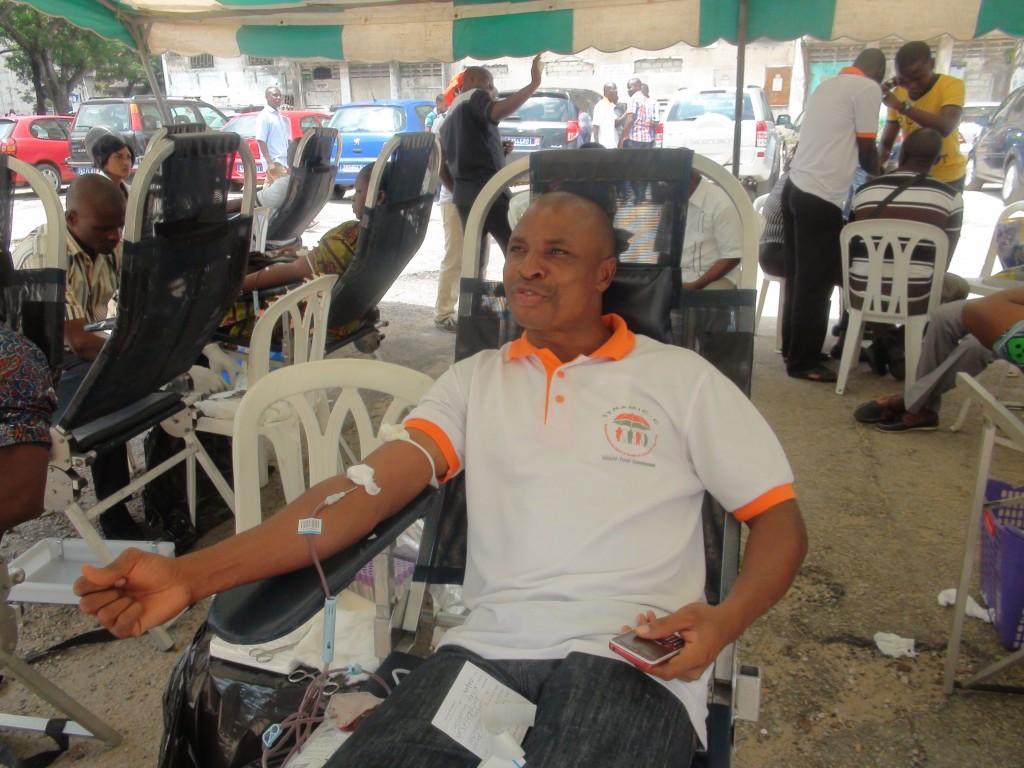 Les grévistes avaient fait une opération de don du sang