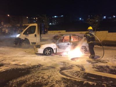 La voiture en feu à Beit Hanina