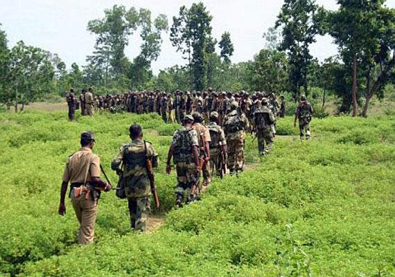 Soldats de la CRPF en mission