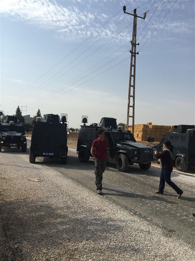 Le camp de réfugiés yézidis à Nusaybin envahi par l'armée turque.