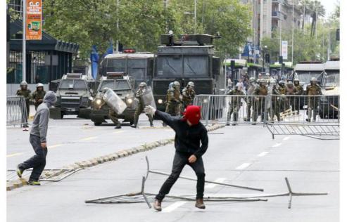 Affrontements à la manifestation mapuche