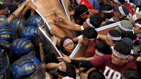 La manifestation anti-APEC à Manille