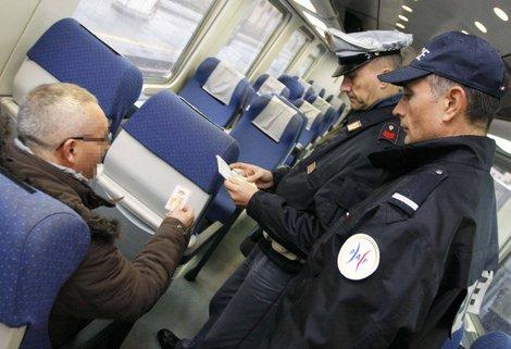 Contrôle de la Police aux Frontières (PAF) française