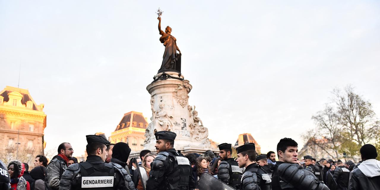 La manifestation place de la République