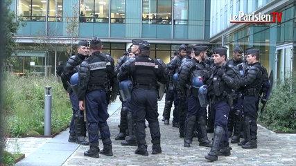 Les gendarmes au siège de la SNCF
