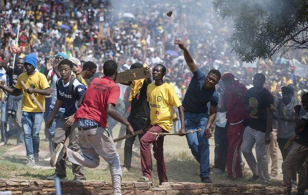 Manifestants étudiants du TUT de Johannesburg