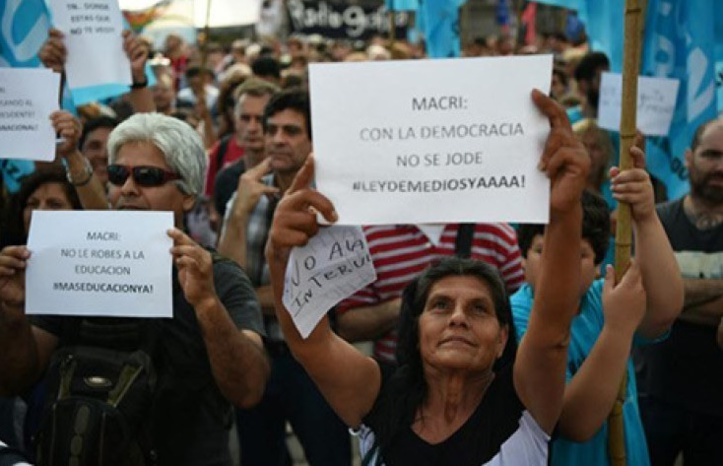 Les manifestants de Buenos Aires