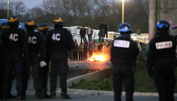 Incidents à Calais (images des incidents de la semaine passée)