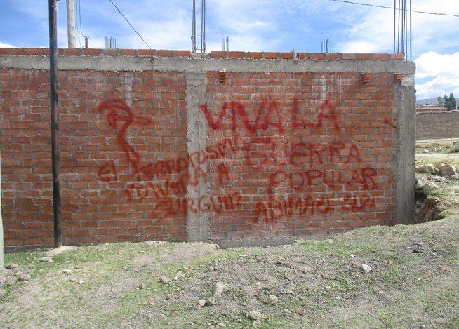 Un tag en faveur du PCP-SL peint au début du mois à Ayacucho