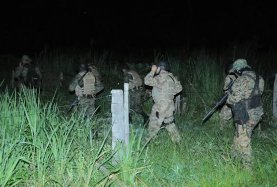 Les troupes de la FTC à la recherche des guérilleros