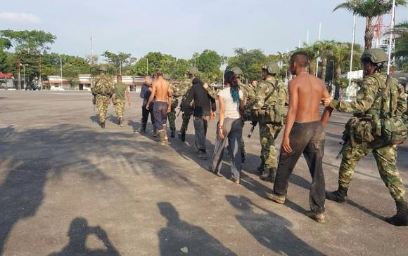 Les guérilleros après leur capture