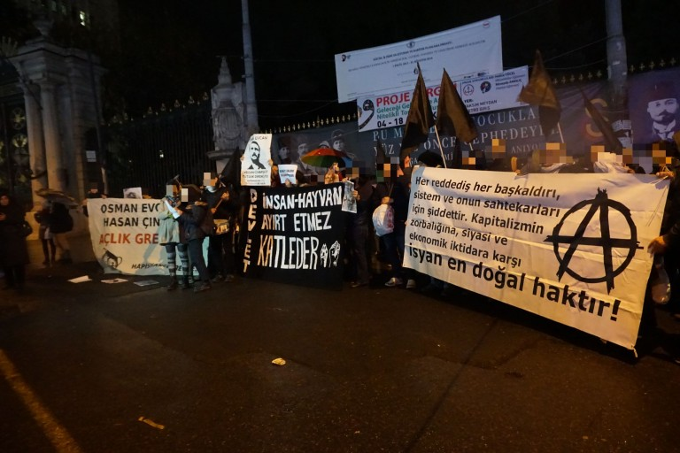 Manifestation pour Osman.