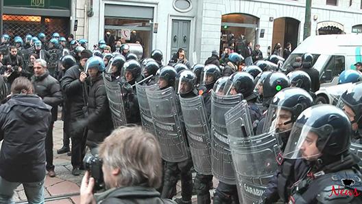 La police contre