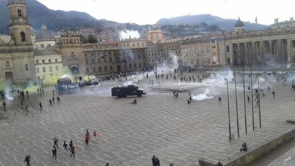 Plaza Bolivar, à Bogota