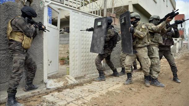 Militaires turcs à Nusaybin