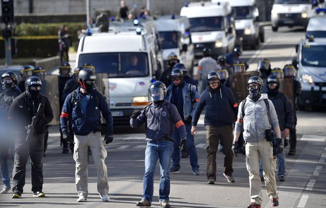 Policiers de la BAC à Nantes