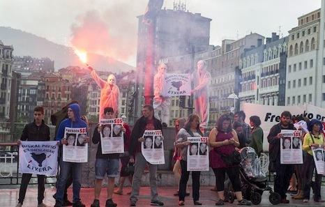 Un précédent rassemblement (le 21 mai) devant la prison de Fresnes