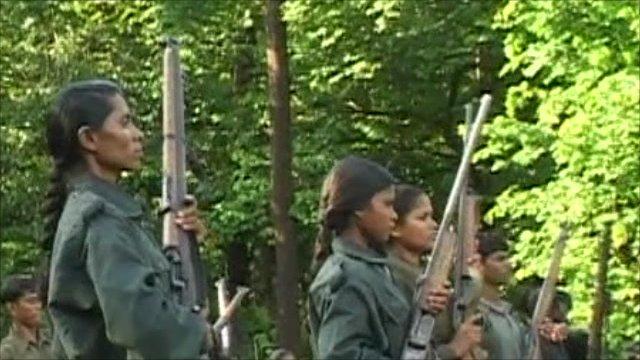 Guérilleras maoïstes en Inde