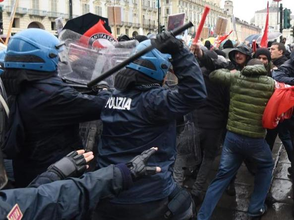 Incidents le 1er Mai à Turin