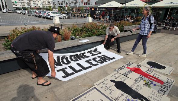 Le précédent hommage aux migrants décédés (Calais, 22 juillet)