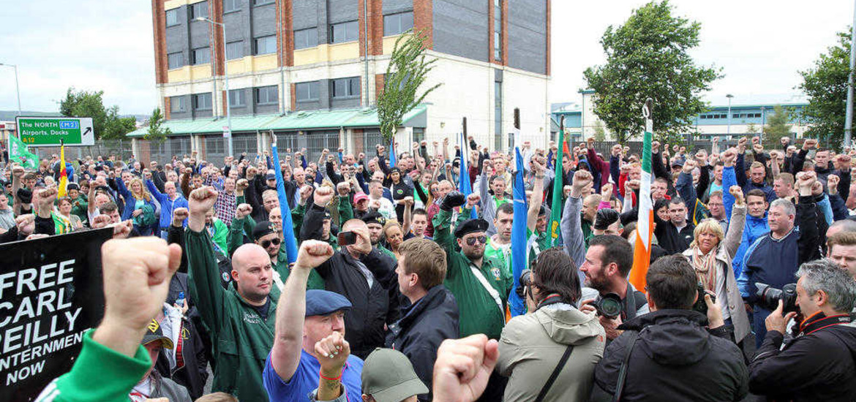 A la manifestation de Belfast