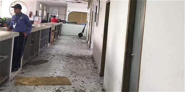 Dégâts à l'aéroport de Saravena (Arauca)