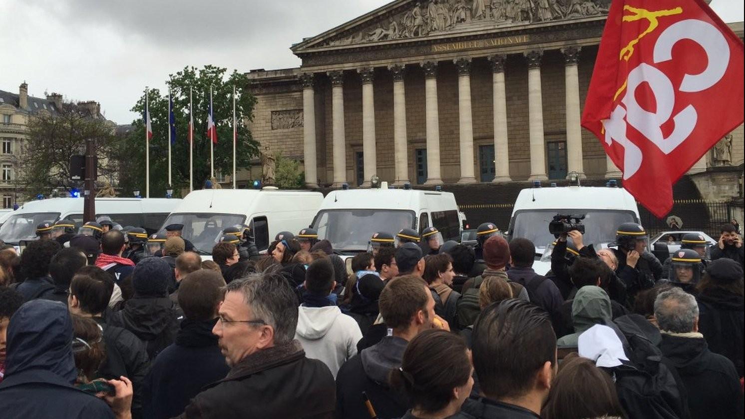 5 des 6 manifestants jugés ce matin à Paris avaient été arrêtés dans le kessel devant l'Assemblée nationale