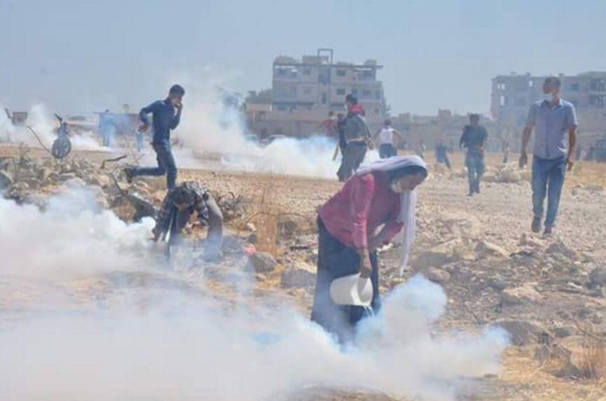 La Turquie attaque les manifestants à Kobané