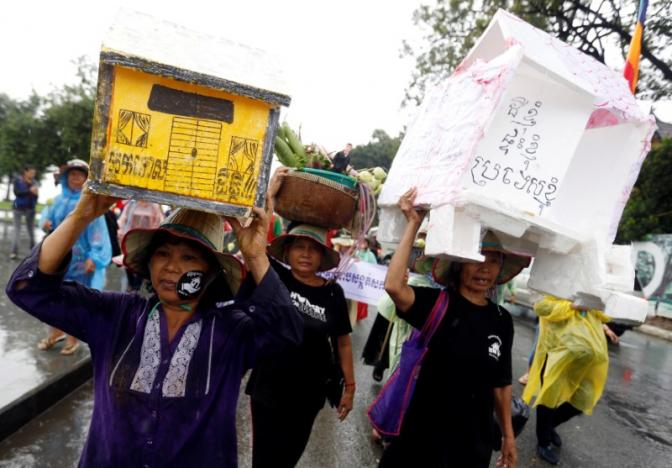 Manifestation contre les expulsions à Phnom Phen
