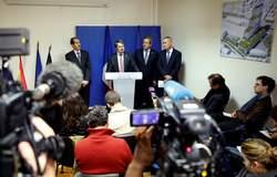 La conférence de presse des procureurs