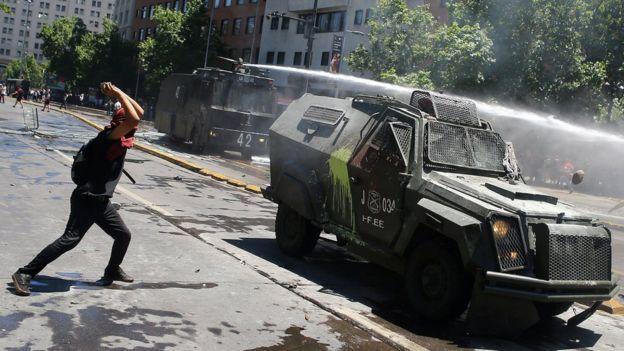 Affrontements vendredi à Santiago