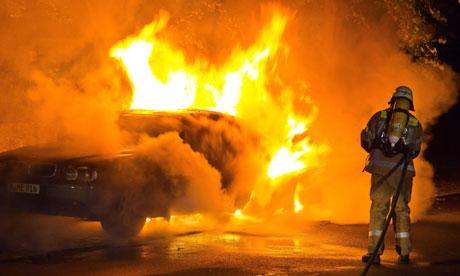 Voiture incendiée à Kassel