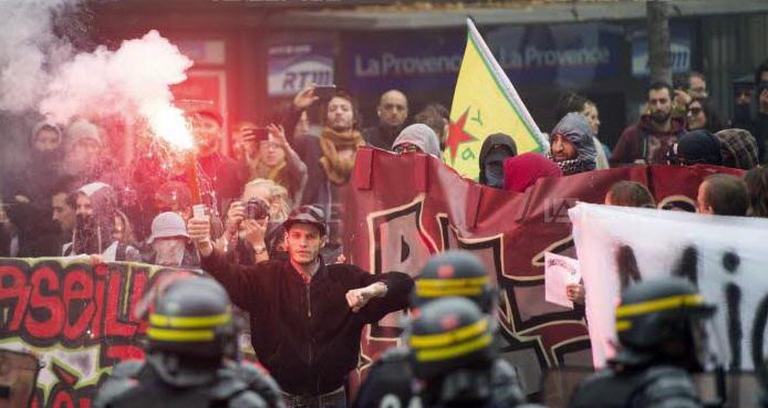 Le rassemblement antifa à Marseille